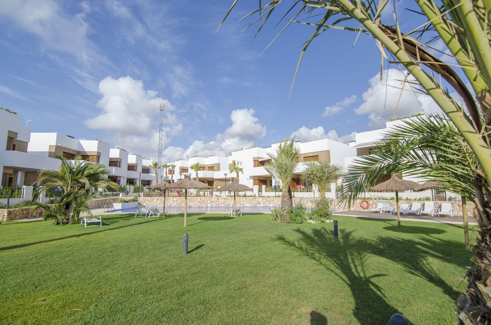 Property Grounds, Secreto de la Zenia Apartments - Marholidays