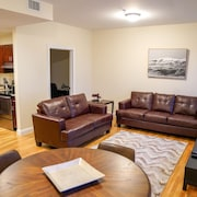 Luxury 2 Bedroom - 2 Bath Apartment Fenway- Boston