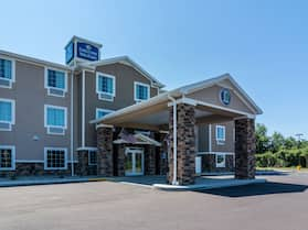 Cobblestone Hotel & Suites - Greenville
