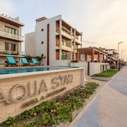 Aqua Star Hotel & Apartments