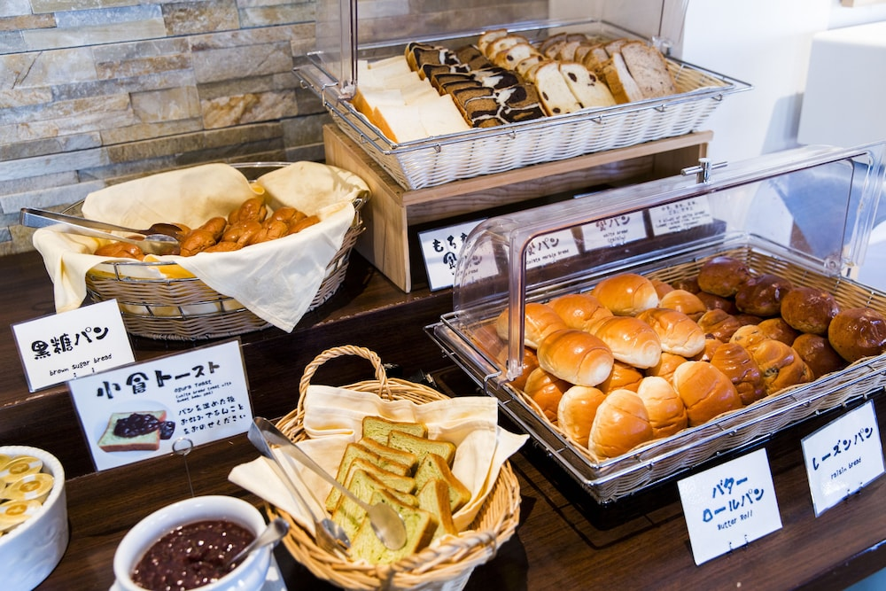 Breakfast buffet, JR Kyushu Station Hotel Kokura
