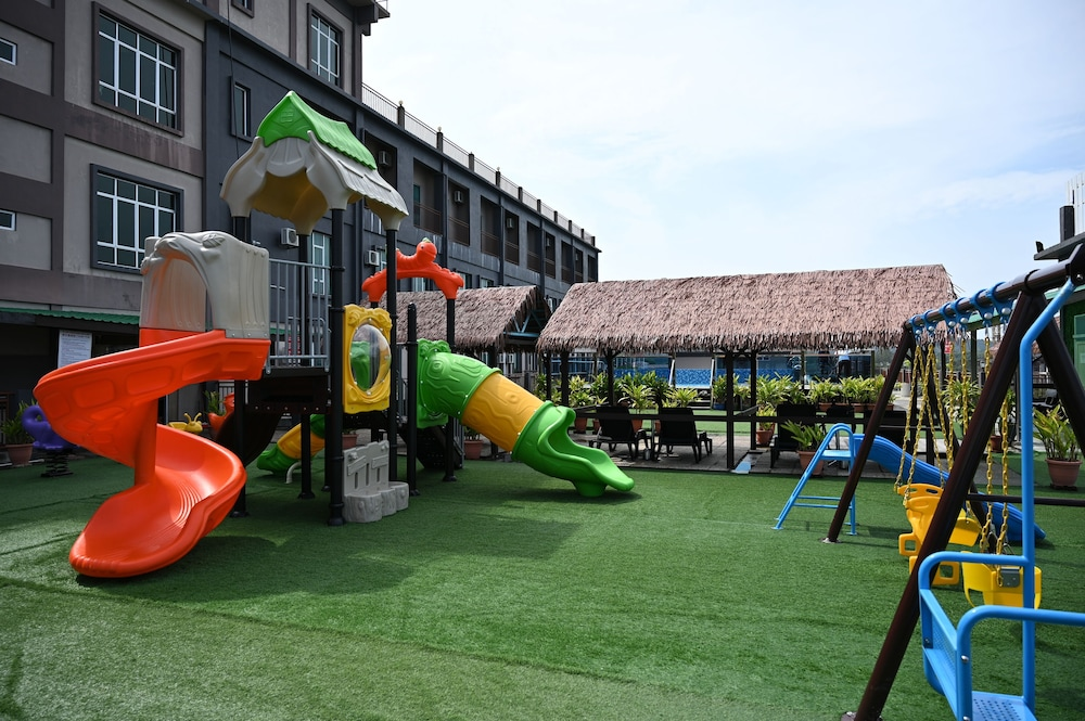 Children's Play Area - Outdoor, Cenang View Hotel