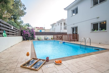 Pernera Sea Holiday Villa