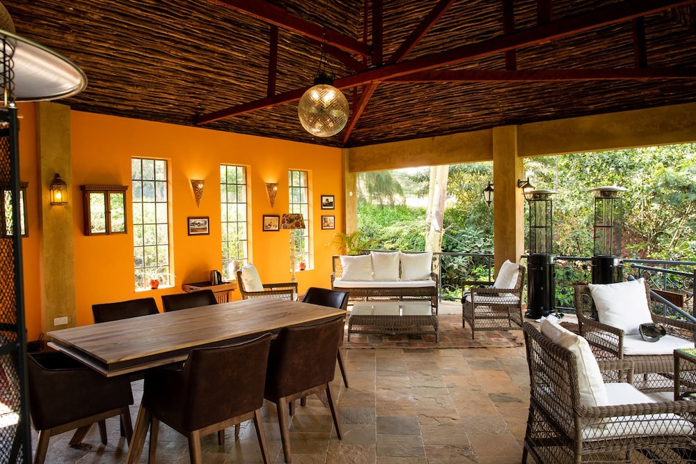 Breakfast Area, Anga Afrika Luxury Boutique Camp Nairobi
