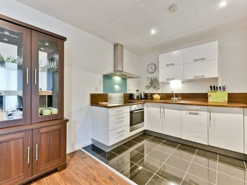 Fountain View Apartment London 2018 Hotel Prices Expedia Co Uk