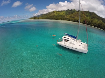 Tahiti Sail and Dive