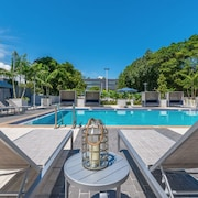 Nuovo Miami Apartments at Coconut Grove