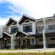 Argao Royal Palms Serviced Villas