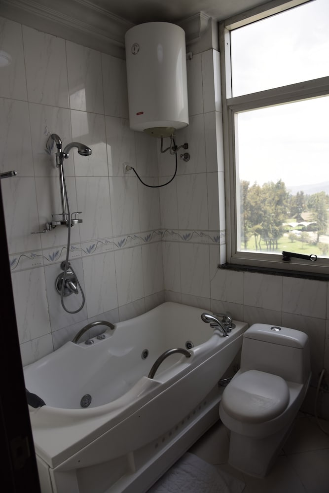 Bathroom, Diplomat Luxury Furnished Apartments