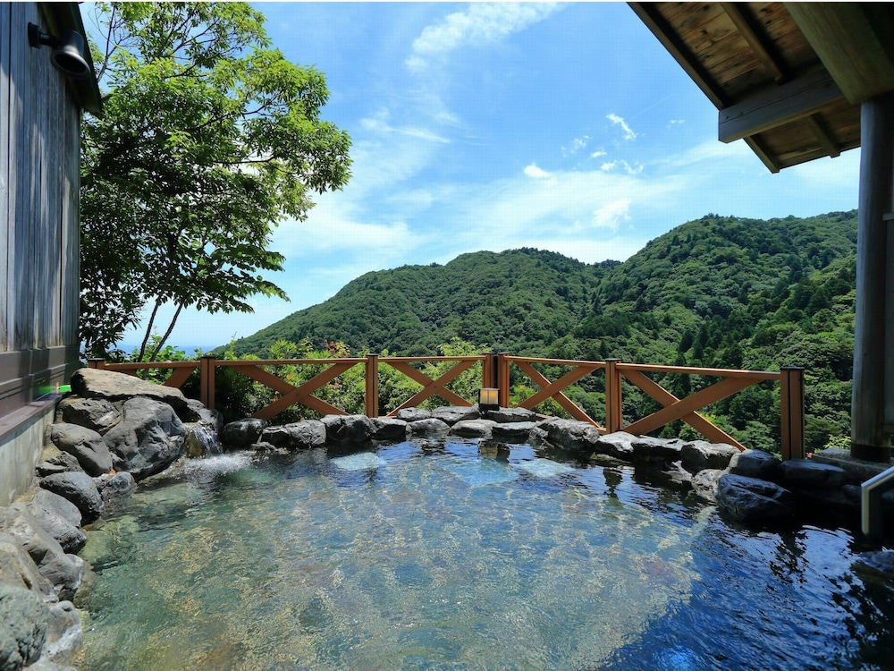 Outdoor Spa Tub, Hotel Yunomoto
