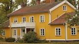 Hallebergs Bed & Breakfast - Skara Hotels