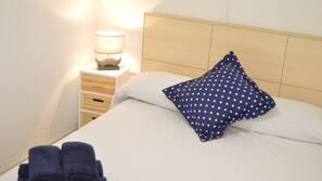 2 dormitorios, cortinas opacas, cunas o camas infantiles gratuitas