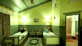 The Rhino Residency Resort - Sauraha Hotels