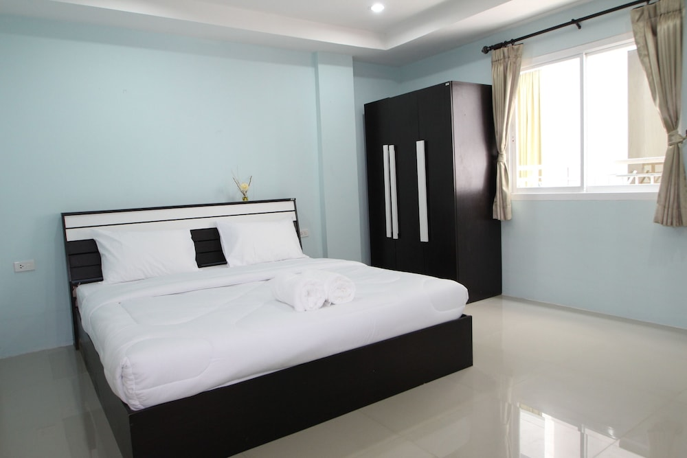 Room, Angel Service Apartment Patong Beach Hostel