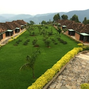 Nyungwe Top View Hotel