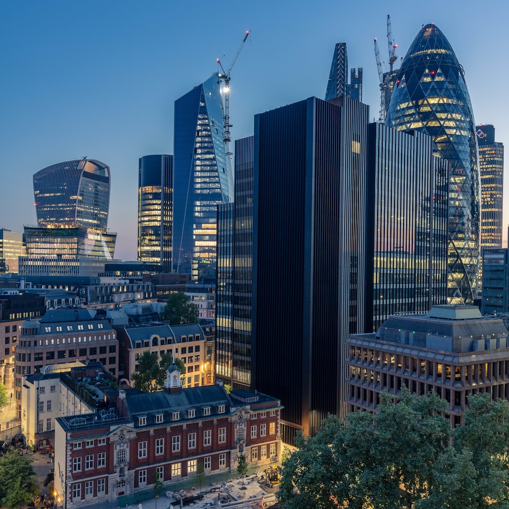 2019 City: Dorsett City London: 2019 Room Prices $140, Deals