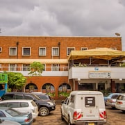 Meru Safari Hotel