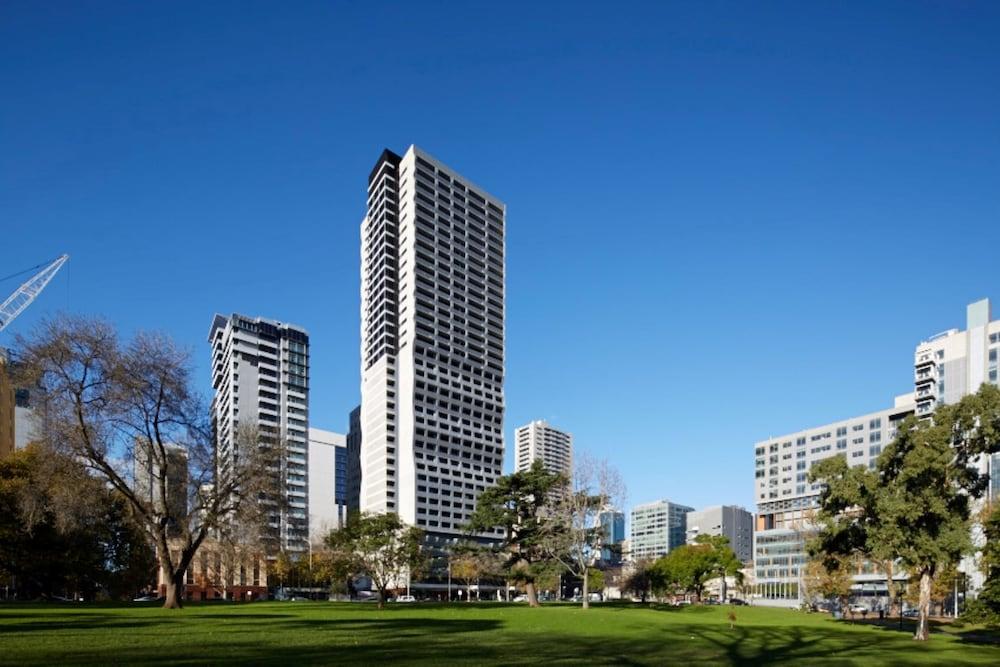 Orbitz flexible dates in Melbourne