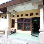 Morotai Camp Hostel -Adult Only