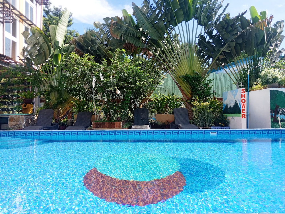 Outdoor Pool, AEROSTOP HOTEL & RESTAURANT