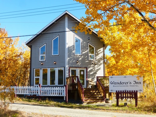 Great Place to stay Wanderer's Inn Backpackers Hostel near Haines Junction