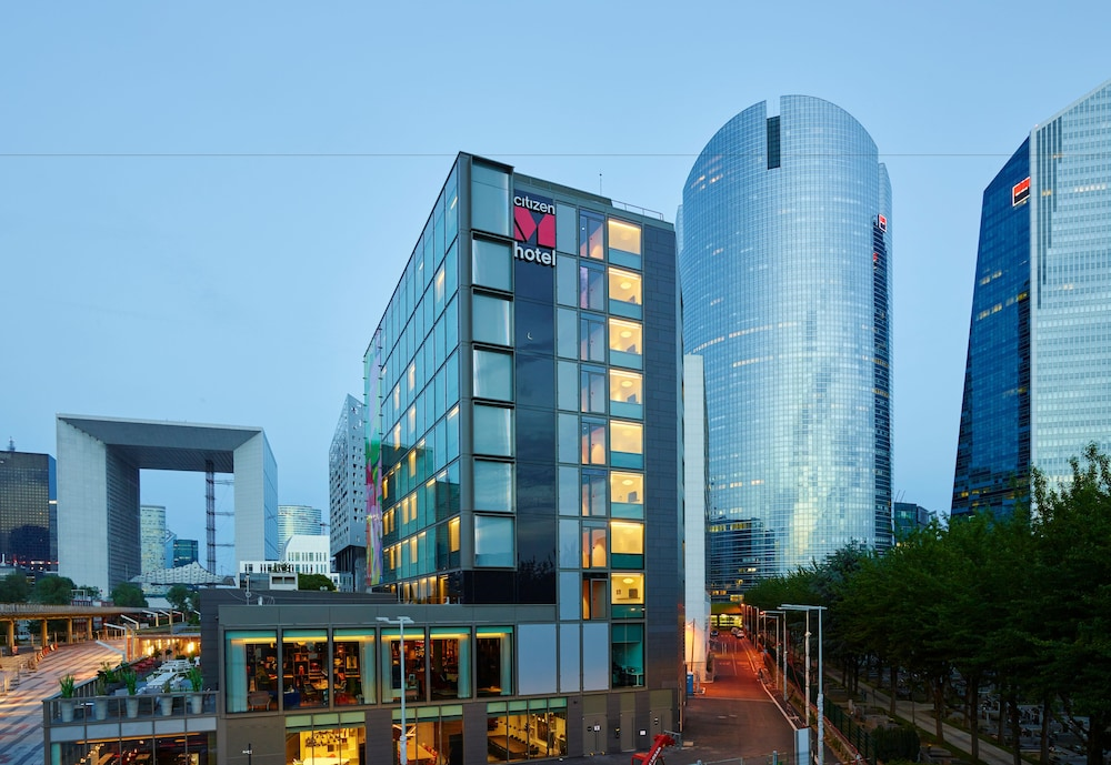 Citizenm paris la d fense 2017 room prices deals for Deal hotel paris