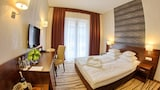 Hotel Arkas - Proszkow Hotels