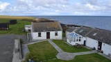 Ayres Rock Hostel & Campsite - Sanday Hotels