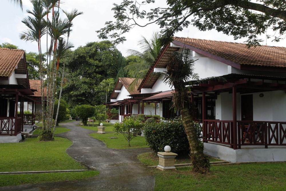Kukup Golf Resort Kukup, MYS - Best Price Guarantee | LastMinute