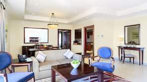 Flatscreentelevisie, een open haard en vloerwarming