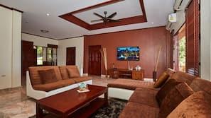 TV màn hình phẳng 40-inch có truyền hình cáp, TV LED