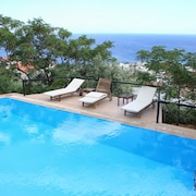 Pyrgos Exclusive Boutique Villas