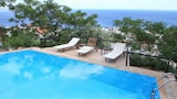 Pyrgos Exclusive Boutique Villas - Ikaria Hotels