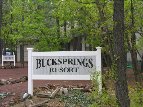 Buck Springs Resort