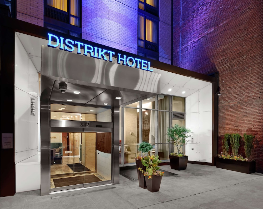 Hotels In New York City >> Distrikt Hotel New York City Tapestry Collection By Hilton