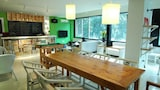 Greenforest Hostel Railway Station - Guilin Hotels