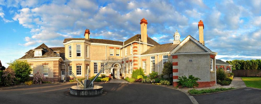 Wirral Village Hotel Spa