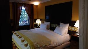 Caja fuerte, decoración individual, cortinas opacas y wifi gratis