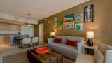 Upscale Beach Resort Apartments - Hollywood Hotels