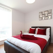 Skylark House Luxury Service Apartments