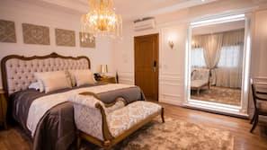 Minibar, coffres-forts dans les chambres, rideaux occultants