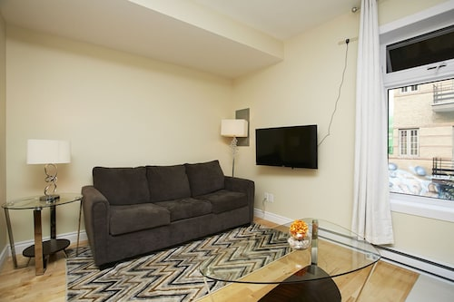 Central 1BR in The Village by Sonder