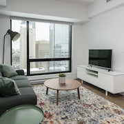 Central 1BR in Downtown MTL by Sonder
