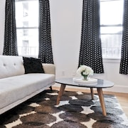 Charming 1BR in Theater District by Sonder
