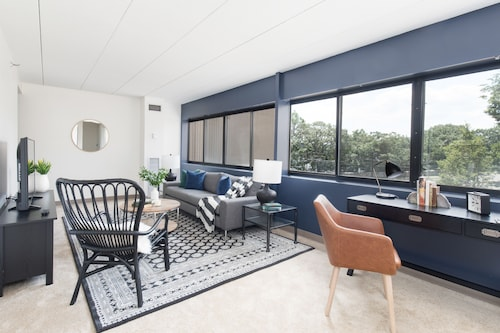 Lovely Brighton Suites by Sonder