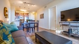 Lovely 2BR in Little Italy by Sonder - San Diego Hotels