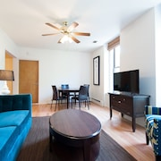 Airy 2BR in Lincoln Park by Sonder