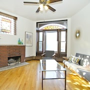 Bright 3BR in Lincoln Park by Sonder