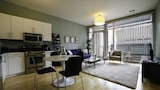 Hip 2BR in Lincoln Park by Sonder - Chicago Hotels