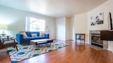 Smart 2BR in Hillcrest by Sonder - San Diego Hotels